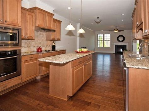 backsplash with maple cabinets maple cabinets tile backsplash search for the