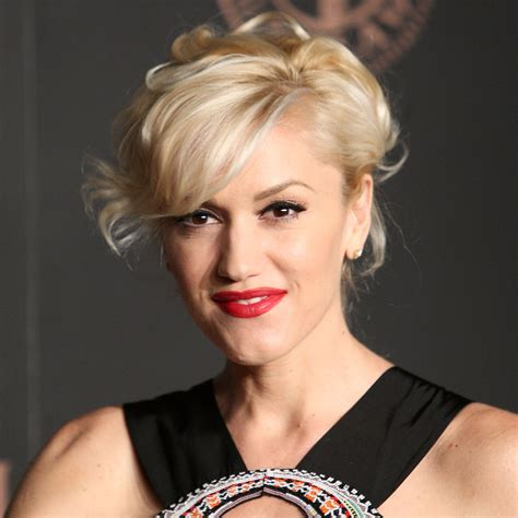 gwen stefani launches u201chella good u201d nail polish