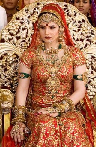 ready film actress name zarine khan