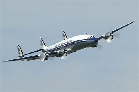 Lockheed L-1049 Super Constellation - YouTube L 1049
