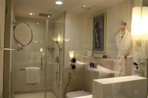 hotels in hyderabad with bathtub view from road picture of radisson hyderabad hitec city
