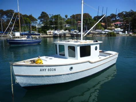 used pilot house boats used trawler boats for sale used trawler trailer boats for