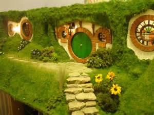 hobbit hole how i made the hobbit hole madshobbithole s blog