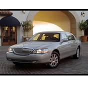 2003 LINCOLN TOWN CAR  Image 9