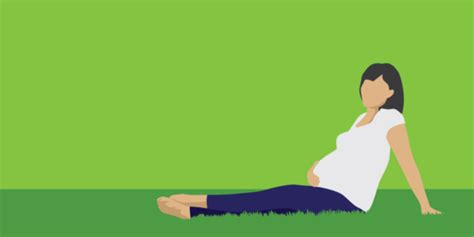 tutorial yoga untuk ibu hamil 5 manfaat sehat melakukan yoga saat hamil merdeka com