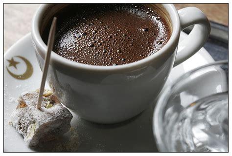 k che kaffee und t 252 rk kahvesi t 252 rkischer kaffee foto bild stillleben