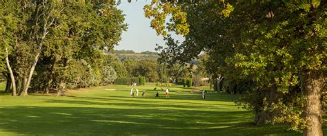 Gc Avignon reviews of the best golf courses for golfing holidays in