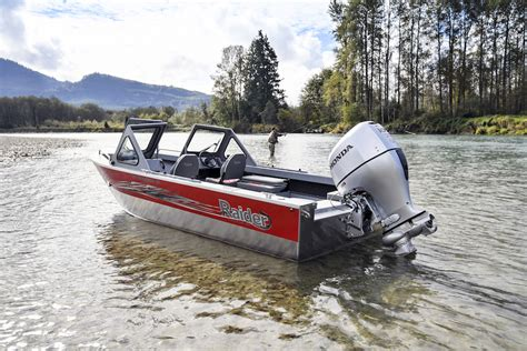new honda boat motors honda marine introduces three new jet drive outboard