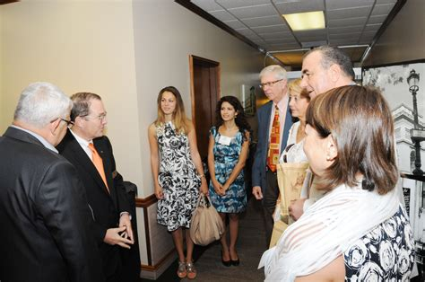 welcoming guests college of dentistry at the university of tennessee health