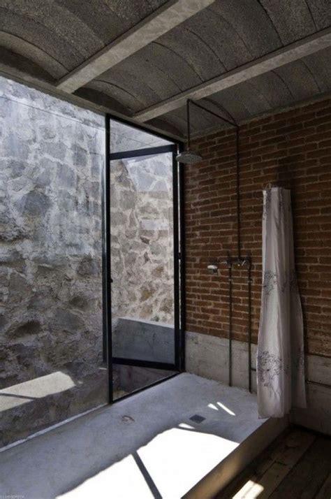 sognare pavimento oltre 25 fantastiche idee su doccia in pietra su