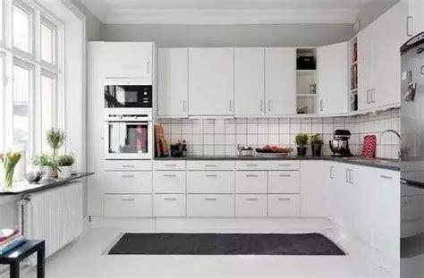 white kitchen set furniture 2018 居家風水之 廚房 風水擺設連載 五 每日頭條