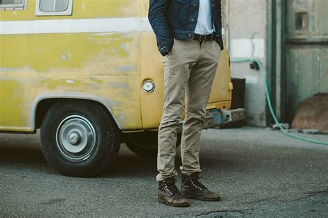 best mens chinos 20 best s chinos gearmoose