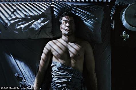 a haunted house night number 6 bedroom scene movie 幽霊を見た 金縛り その原因はレム睡眠中に起きる睡眠麻痺であることが判明 米研究 エキサイトニュース