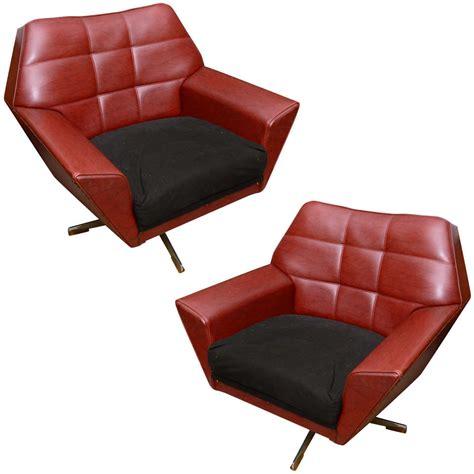 scandinavian recliners furniture pair of scandinavian swivel chairs at 1stdibs
