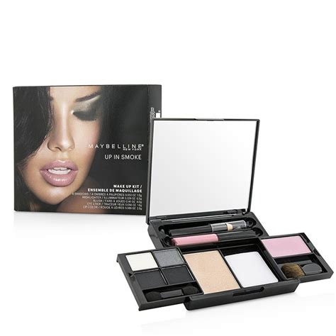 Maybelline Make Up Kit maybelline makeup kit 4x shadows 1x highlighter 1x