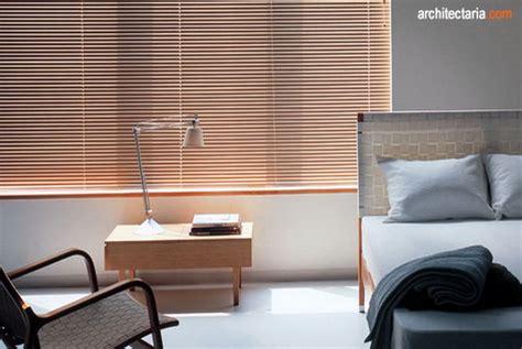 Tirai Horizontal Blind Mengintegrasikan Elemen Vertikal Dan Horizontal Pada