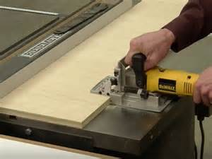 making  simple biscuit joiner work station woodworking