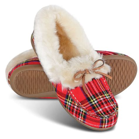 slippers for plantar fasciitis the s plantar fasciitis cozy slippers hammacher