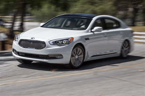 2016 kia k900 2016 kia k900 v 6 test review finding the sweet