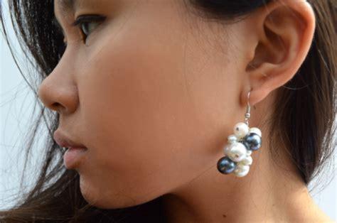 Romantic DIY Pearl Cluster Earrings   Styleoholic