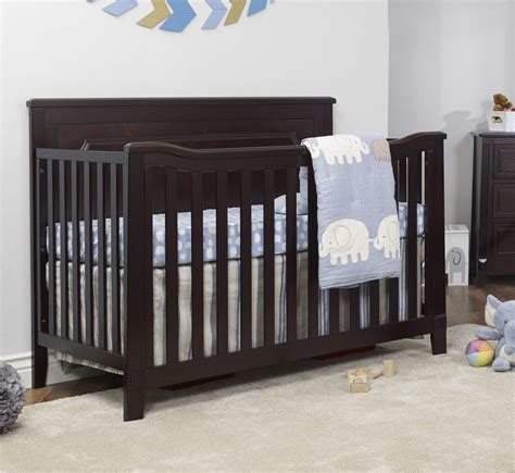 sorelle berkley changing table sorelle berkley 3 in 1 convertible crib