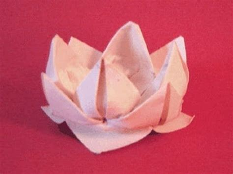 Paper Folding Lotus - the beautiful yet simple origami lotus should be made with
