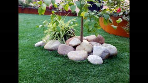 ejemplos de patios y jardines peque 241 os decorados 1