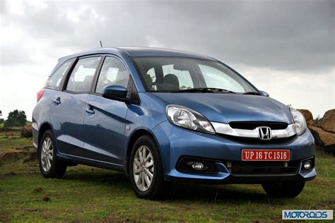 Renault Enjoy Renault Lodgy Vs Honda Mobilio Vs Maruti Ertiga Vs