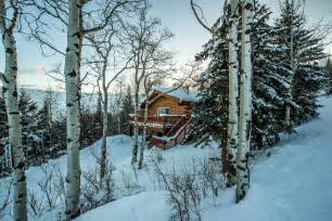 Airbnb Jackson Hole winter airbnb rentals in cold and hot weather
