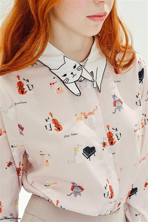 Blouse Cat White Los the pattern on this blouse is adorable cats