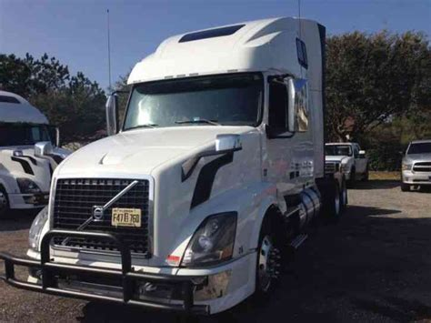 2014 volvo semi truck volvo 670 2014 sleeper semi trucks