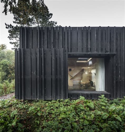 the black house house of the day black house by marchi architectes journal the modern house
