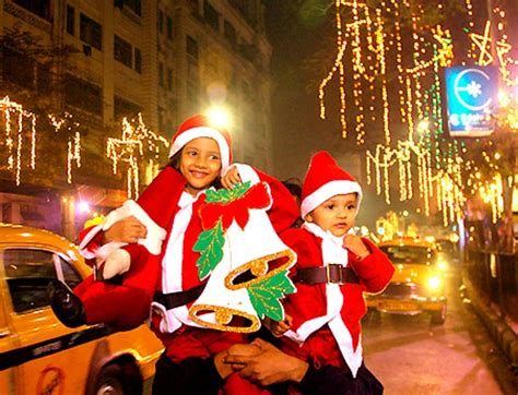 images of christmas in kolkata christmas in india merrymaking and chaos in the land of