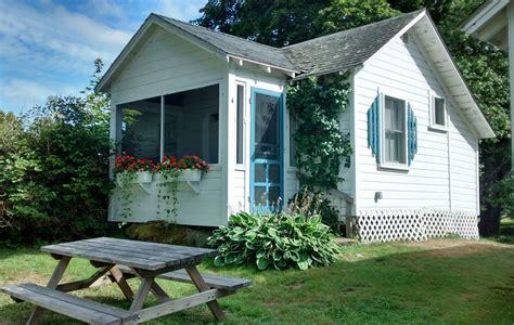 bar harbor cottage cottage photos of beds kitchens porches bar harbor