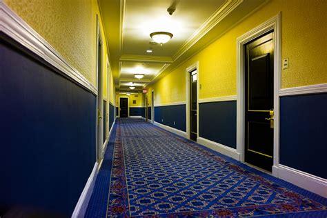 Western Dining Room Tables hotel hallway design