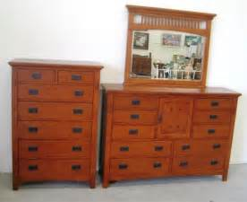 82 mission style king bedroom set lot 82