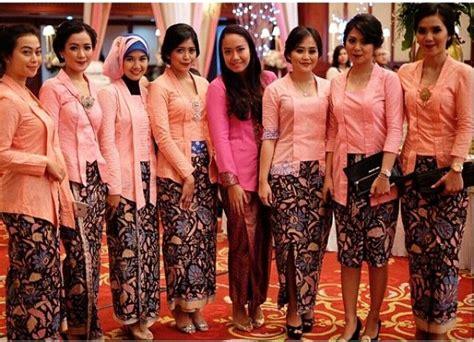 1707069 Biru Tua Gaun Pengantin Wedding Gown Wedding Dress 233 best images about kebaya on javanese javanese wedding and lace