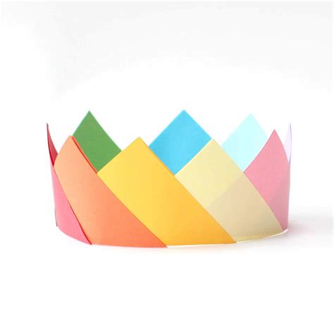 How To Make Paper Crowns - simple origami crowns
