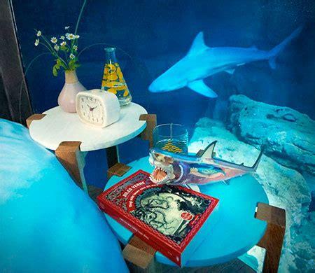 aquarium hotel room aquarium bedroom