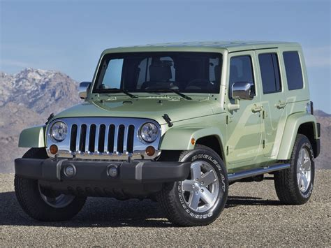 luxury jeep luxury fast cars wallpapers 2010 jeep wrangler rubicon