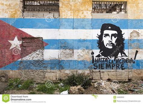 Chicago Wall Mural wall painting of che guevara in havana cuba editorial
