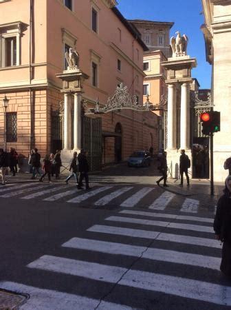 ingresso cupola san pietro ingresso citta vaticano foto di basilica di san