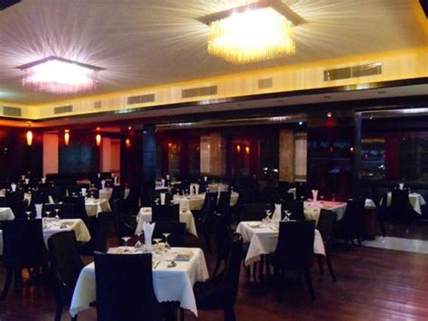steak house dc nice atmosphere and bar area picture of dc steakhouse erbil tripadvisor