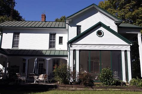 farmhouse for sale in indiana we ve got a crush on this indiana farmhouse circa houses houses for sale and