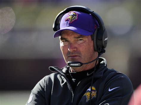vikings couch minnesota vikings coach mike zimmer learning on the job