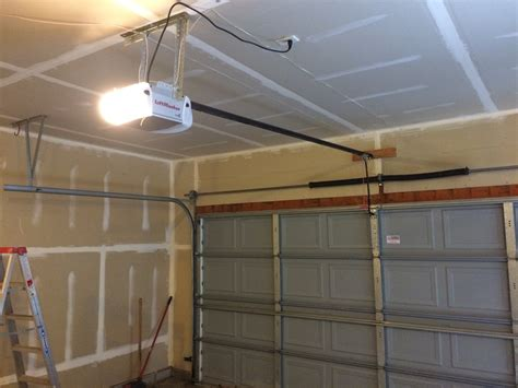 Garage Door Openers Installers Do It Yourself Garage Door Opener Installation Wageuzi