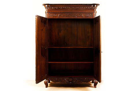 desain lemari pakaian vintage lemari pakaian ukir french style antique arts indo