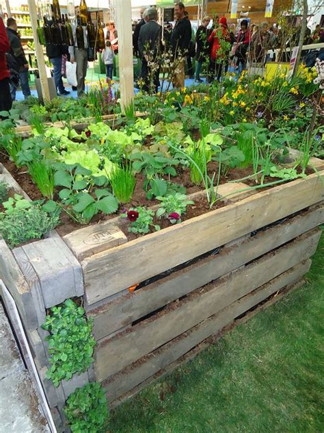 pallet flower bed 14 raised flower bed made of euro pallets flickr photo