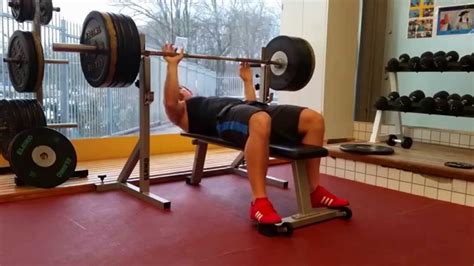 bench press 100kg bench press attempt 150kg 330 7lbs 100kg 220 47lbs for
