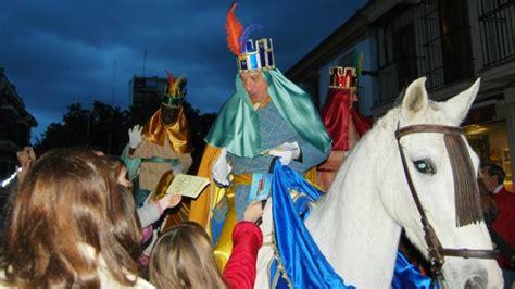 fotos reyes magos reales los heraldos reales anuncian la llegada de los reyes magos